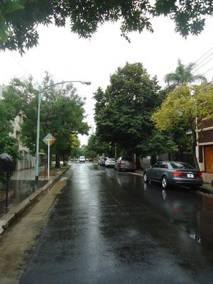 Casa De Categoria En 2 Plantas, Jardin Pileta, Y Mas....