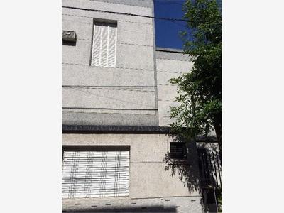 Casa En Venta De 4 Ambientes En Liniers