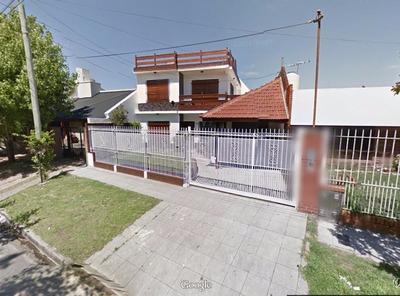 Excelente Propiedad De Categoria. Barrio Los Cedros. Quilmes