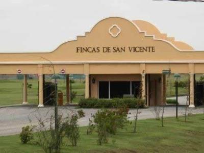 Fincas San Vicente -lote Central En Golf 2250 M2