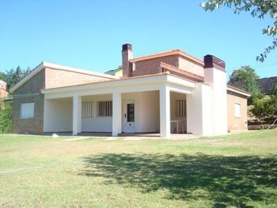 Casa En Alquiler De 4 Ambientes En Potrero De Los Funes