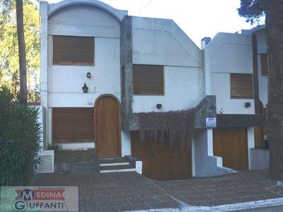 Duplex Con Cochera Cubierta En San Bernardo (no:pinamar-mda)