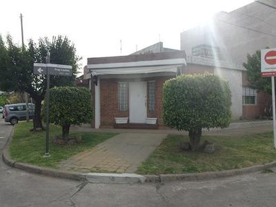 Casa 5 Ambientes - Villa Sarmiento - Moron
