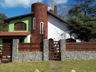 Villa Gesell Casa Con Pileta