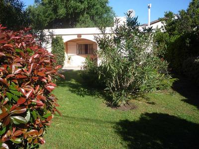 Casa Con Gran Parque 3 Amb Y 2 Baños( Excelente Ubicacion)