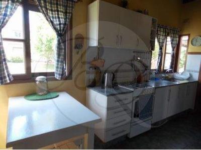 Casa En Alquiler De 2 Dormitorios En Santa Mar¿a De Los Olivos