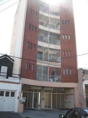 Depto. 2 Ambientes San Martín Centro, Permuta Por 3 Amb.