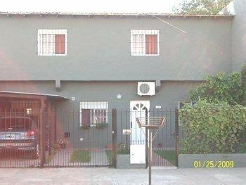 Casa En Venta De 4 Ambientes En Luis Guillon