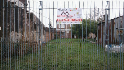Casa En Alquiler De 4 Ambientes En Burzaco