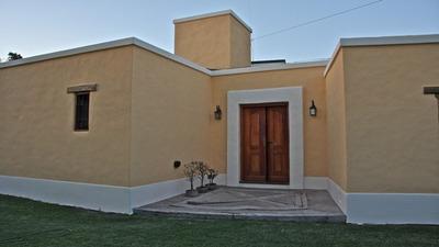 Casa En Venta De 3 Ambientes En Juana Koslay