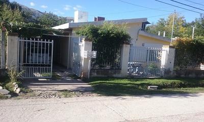 Casa En Venta De 5 Ambientes En Barrio Residencial Villa Magdalena