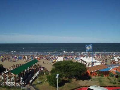 Dpto. Centrico Frente Al Mar !!!