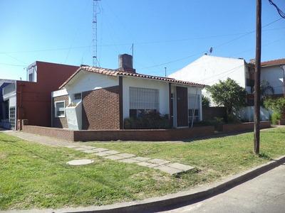 Casa En Venta De 4 Ambientes En Ramos Mejia