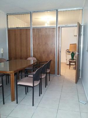 Oficina En Alquiler De 4 Ambientes En Centro / Microcentro