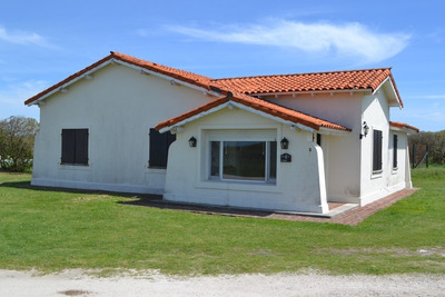 Excelente Chalet Frente Al Mar En Golf Cardon Miramar Links