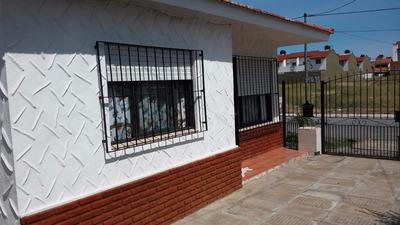 Calle 54 Nº161 E/1y2 Chalet En Ph Al Frente Mar Del Tuyú