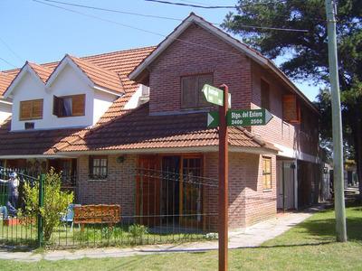 Excelente Duplex Cochera Wifi Internet Cable Parrilla Jardin
