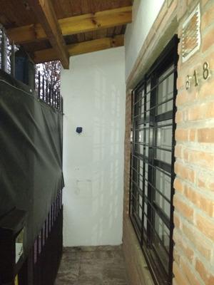 Casa En Alquiler De 3 Ambientes En Lomas De Zamora