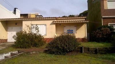 Casa Lote Propio ,a Una Cuadra Del Mar Pleno Centro.
