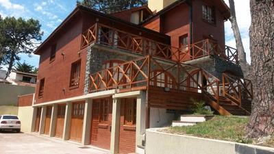 Villa Gesell / Duplex 4 - 6 - 8 Personas