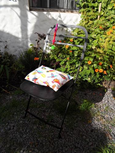 silla de chapa antigua